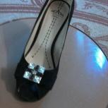 Продаются новые замшевые туфли, Курган