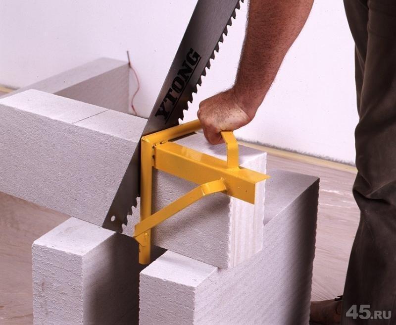 инструмент для кладки блоков на клей